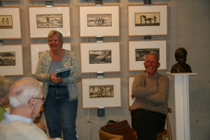 Kristin Markussen takker foredragsholderne. Roar Christensen til høyre.