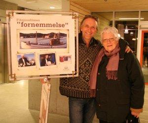 Harald Stensland med en av de lokale skuespillerne - Bodil Rødland.