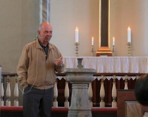 Bjørn Gabrielsen forteller om Spangereid kirke