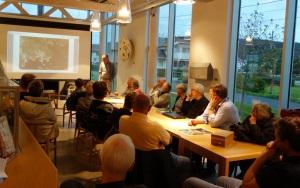 Alf Hansen forteller om Åviks historie.
