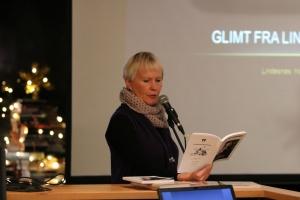 """Annlaug leser fra årets """"Glimt fra Lindesnes"""""""